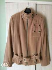 Продам куртку (из пальтовой ткани)