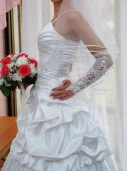 Продам лрасивое свадебное платье