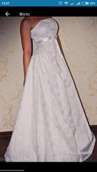 18e4bf5935d Продам свадебное платье в Чернигове срочно!