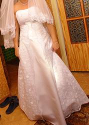 Свадебнео платье